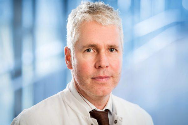 OA Dr. R. Pförtner