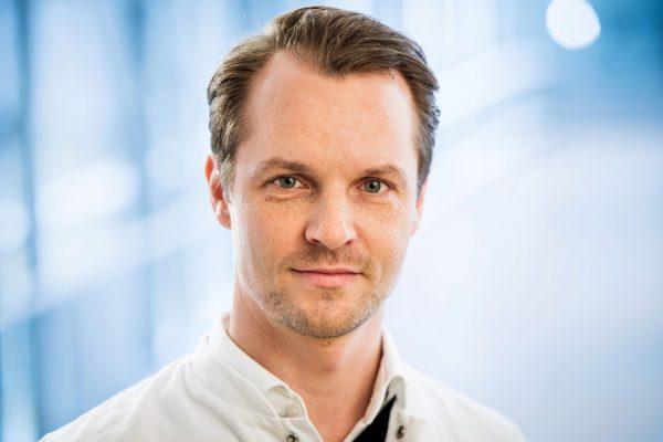 Dr. J. Scholz