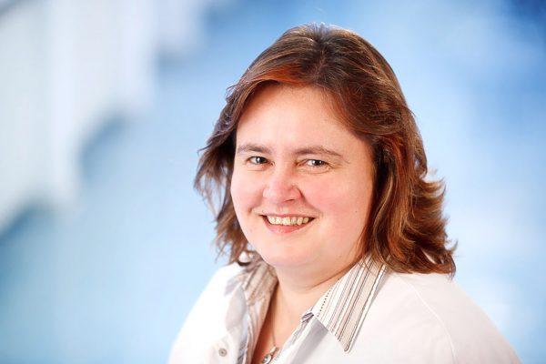 Portrait von Dr. rer. nat. Anja Sippel