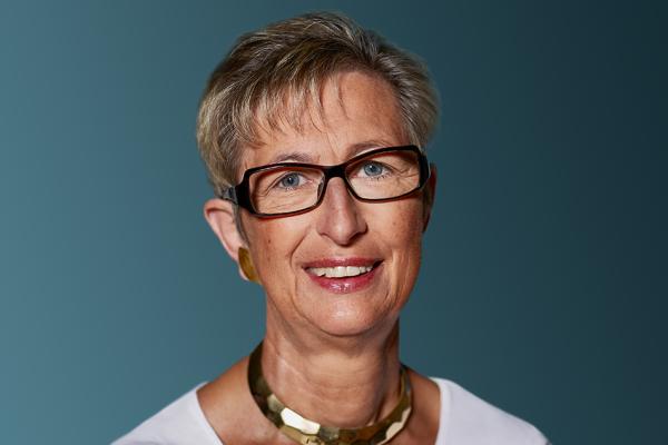 Prof. Dr. med. Susanne Krege
